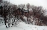 La maison en haut de la colline