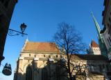 la cathédrale le nez en l'air