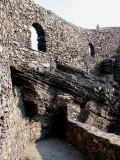 mur et rochers mèlés