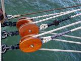 trois poulies sur les flots