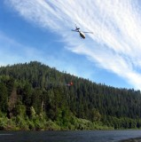 Bell N205BR  flying 300 gallons to the Little Grider Fire