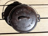 Griswold Tite-Top #8 Dutch Oven