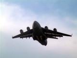 C17 Landing Oshkosh '06
