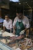 preparing prosciutto