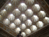 Dolmabahce Palace: ceiling of the Turkish Bath