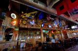 9000 Howard's Pub