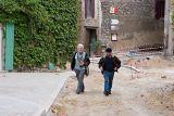 Arvin & Wade walking around Aigne