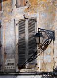 Fixer-Upper, Arles