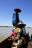 Crossing the Bani River by pirogue