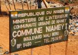 Approaching Niger's capital, Niamey - Boulevard Mali Bero