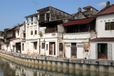 Old houses along the Sungai Melaka