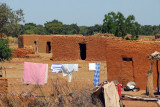 The settlement at the turnoff from the Bamako-Mopti highway for Djenné