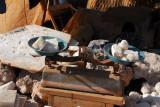 Scales with blocks of salt, Mopti