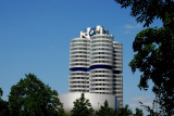 München - BMW Hauptquartier Vier-Zylinder
