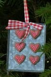 Cookies on tin