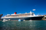 Queen Mary 2 berthed in Woolloomooloo