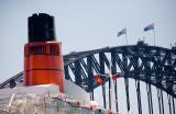 QE2 and Sydney Harbour Bridge