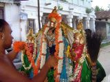 Accepting bhaktAs' samarpanam