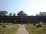 Thirumoozhikulam West Prakaram.JPG