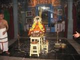 pon adikkAl jEyar in front of Sannidhi
