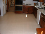 vinyl floor in kitchen.JPG