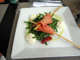 Salmon salad with green beans