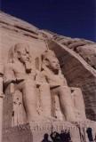 Beeld in de Tempel van Nefertari in Abu Simbel / Statue inside the Temple of Nefertari in Abu Simbel.