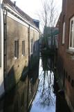 A narrow canal - een smal grachtje