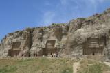 The tombs of three Achaemenid kings - De graven van drie Achaemenidische koningen.