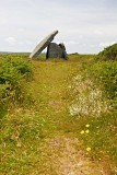 IMG_2736.jpg Mulfra Quoit Neolithic chambered tomb (dolmen) 2500BC - Mulfra Hill Penwith - © A Santillo 2010