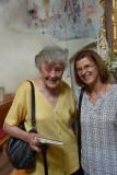 Autorin Anna Piribauer mit Maria Rasinger