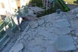 Renovation of the village stone slab roof.