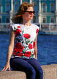 Portrait of St. Petersburg: beautiful women and Hermitage Museum