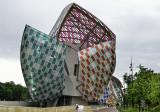 Louis Vuitton aux couleurs de Daniel Buren