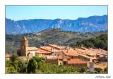 Bel (Baix Maestrat/Castelló) al fons Morral de Catinell (La Sénia/Montsià/Tarragona)