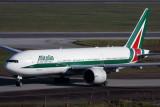 ALITALIA BOEING 777 200 GRU RF IMG_4801.jpg
