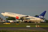 SAS BOEING 737 800 AMS RF 5K5A2256.jpg