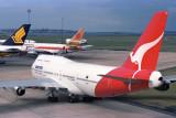 QANTAS BOEING 747 300 SYD RF 096 6.jpg