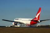 QANTAS BOEING 767 300 BNE RF 5K5A3808.jpg