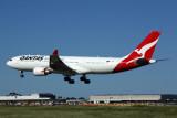 QANTAS AIRBUS A330 200 MEL RF 5K5A6298.jpg