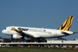TIGER AIRWAYS AIRBUS A320 MEL RF 5K5A6340.jpg