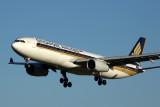 SINGAPORE AIRLINES AIRBUS A330 300 MEL RF 5K5A6414.jpg