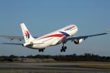 MALAYSIA AIRLINES AIRBUS A330 300 PER RF 5K5A6844.jpg