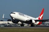 QANTAS BOEING 737 800 PER RF 5K5A7036.jpg