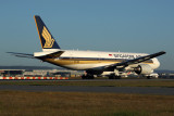 SINGAPORE AIRLINES BOEING 777 200 PER RF 5K5A6958.jpg