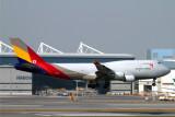 ASIANA CARGO 747 400BCF HKG RF IMG_0756.jpg