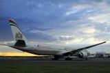 ETIHAD BOEING 777 300ER SYD RF IMG_8388.jpg