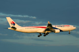 MALAYSIA AIRLINES AIRBUS A330 300 MEL RF 5K5A9636.jpg