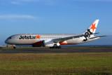 JETSTAR BOEING 787 8 AKL RF 5K5A0014.jpg