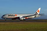 JETSTAR BOEING 787 8 AKL RF 5K5A0013.jpg